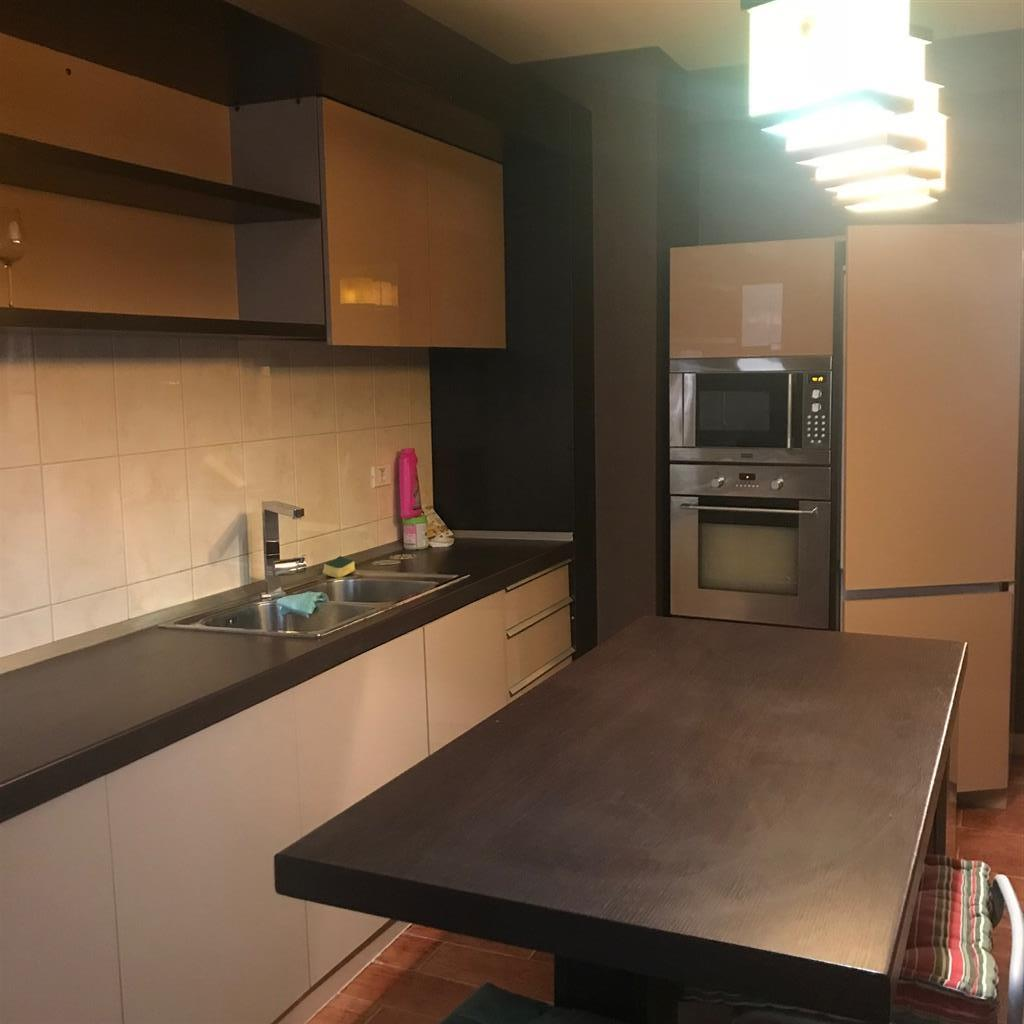 Apartament finisaje Lux HerastrauAron Cotrus! Terasa 60 mp!