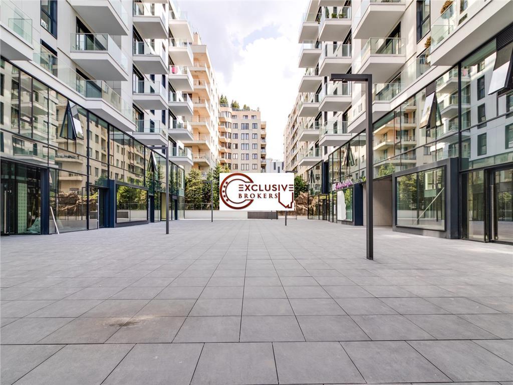 Luxury apartment One Plaza!Underground  Parking !