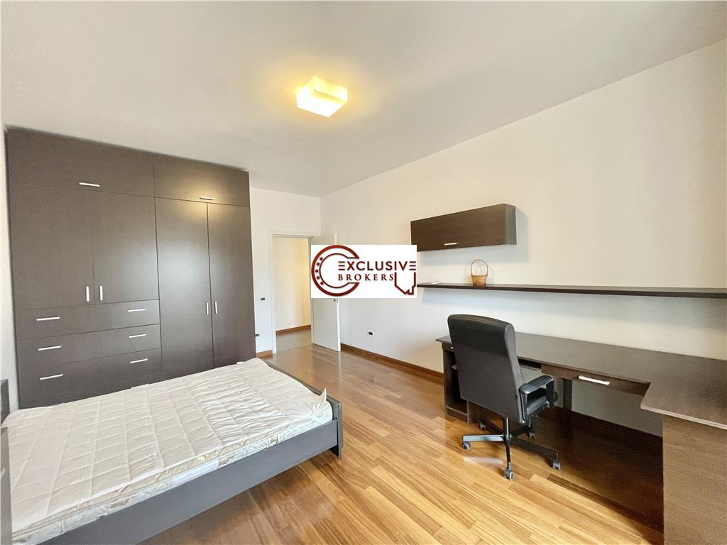 Apartament spatios /Vedere libera/ Herastrau/2 parcari