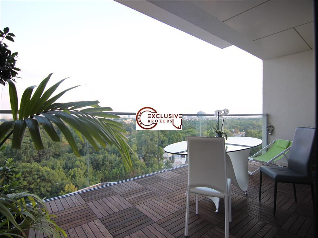 Luxury apartment One Herastrau Park! Amazing view!