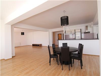Apartament 4 camere spatios si insorit Nordului!