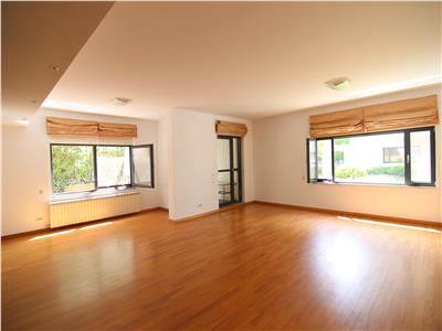 Inchiriere 4 camere Washigton Residence!