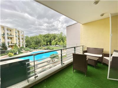 2 bedrooms 170 sqm| View to Herastrau Park|Outdoor pool|