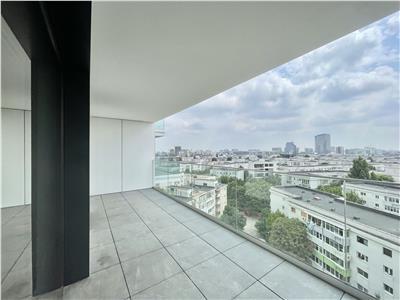 Spacious 2 Rooms Apartment  One Herastrau Towers Parking